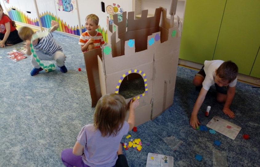 """Krasnoludki – projekt edukacyjny: """"Zabawka ekologiczna"""""""